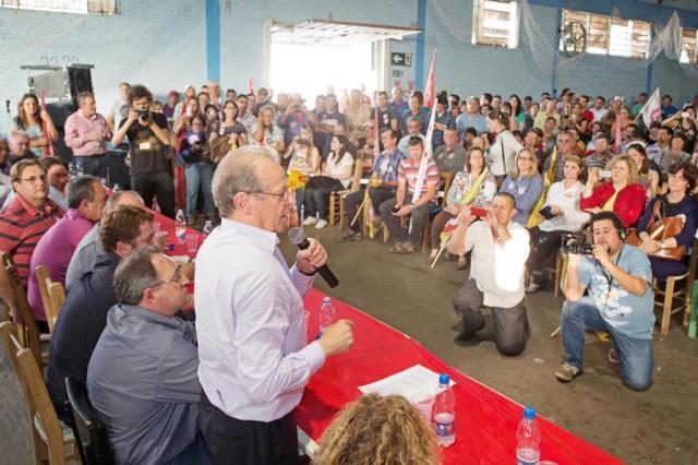 Tarso Genro faz campanha em três cidades Caco Argemi/UPPRS/Caco Argemi/UPPRS
