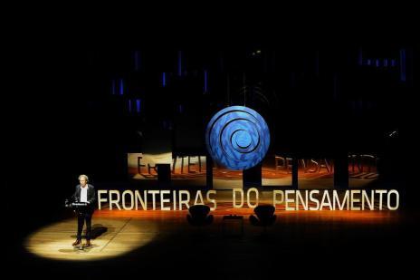 Em conferência do Fronteiras do Pensamento, Pascal Bruckner disseca conceito da felicidade (Marcelo Oliveira/Agencia RBS)