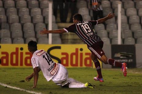 Fluminense vence o Santos na Vila Belmiro e segue na luta pelo G-4 (NELSON PEREZ/FLUMINENSE F.C.)