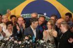 Aécio Neves é derrotado por Dilma Roussef no segundo turno das eleições