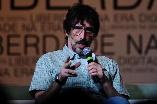 """Lobão: """"Estou na lista negra do PT, tive de ir à polícia fazer queixa"""" Diego Vara/Agência RBS"""