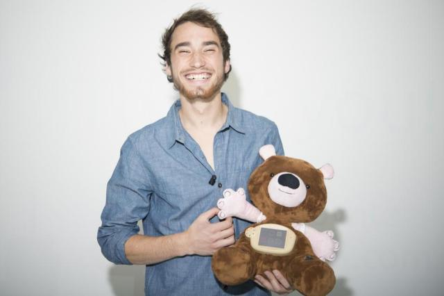 """""""As crianças projetam suas emoções em seus brinquedos para lidar com a doença"""", diz criador do Jerry the Bear Divulgalção/Aaron Horowitz"""