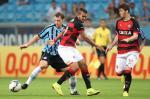 Grêmio vence o Vitória na Arena, em Porto Alegre