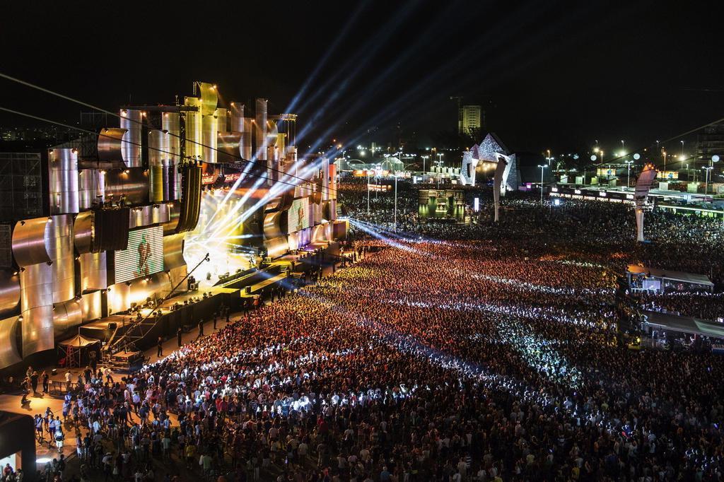 Saiba os horários dos shows do Rock in Rio YASUYOSHI CHIBA/AFP