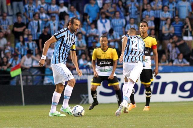 Fora de casa, Grêmio goleia o Criciúma e recupera o terceiro lugar Fernando Ribeiro/Estadão Conteúdo