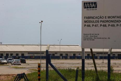 MPT protocola ação para suspender dispensas dos funcionários da Iesa (Mauro Vieira/Agencia RBS)