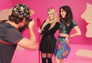 Blogueira Camila Coutinho participa de novo clipe de Meghan Trainor. Assista 'Lips Are Movin'  Reprodução/Instagram