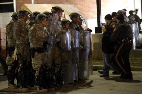 EUA enfrentam protestos após absolvição de policial que matou jovem negro (Justin Sullivan/AFP)