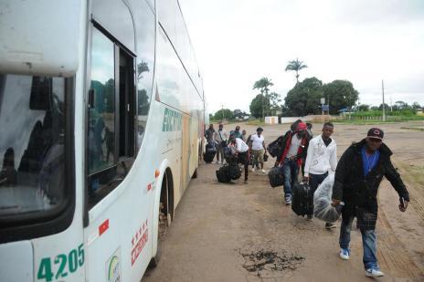 Sem avisar, Acre envia quatro ônibus com haitianos ao RS (Luciano Pontes/Secom/Agência de Notícias do Acre/Divulgação)