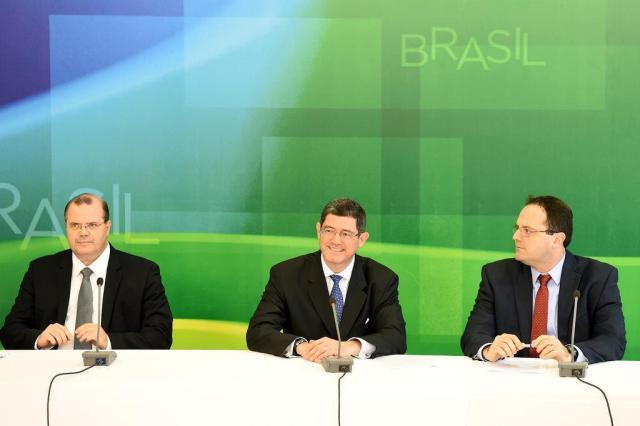 Joaquim Levy fixa meta de super�vit de 1,2% do PIB para 2015 EVARISTO SA/AFP