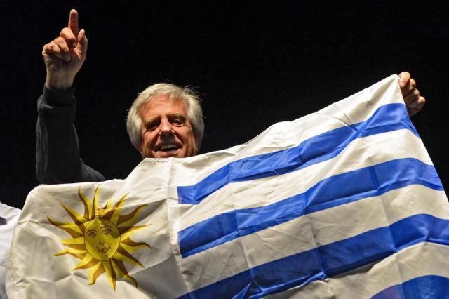 Uruguaios decidem eleições neste domingo PABLO PORCIUNCULA/AFP