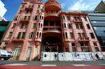 Depois de oito anos, fachada da Casa de Cultura Mario Quintana volta a ficar exposta