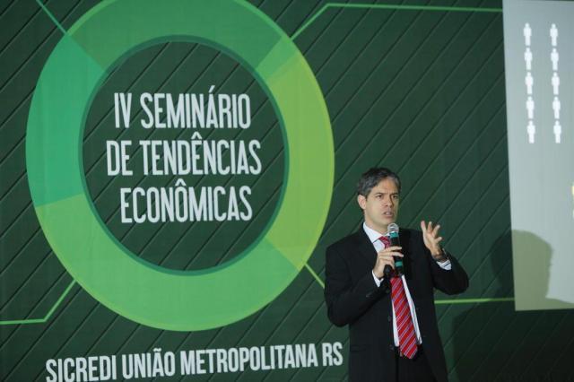 O motor do agronegócio continuará aquecido, diz Ricardo Amorim Marco Antônio/Sicredi