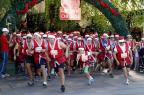 Noéis-atletas vão tomar as ruas de Gramado no domingo (Cleiton Thiele/SerraPress/Divulgação)