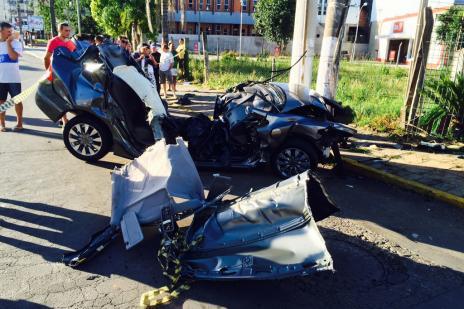 Dois jovens morrem em acidente em Bento Gonçalves (Altamir Oliveira/ Estação FM/ Divulgação/)
