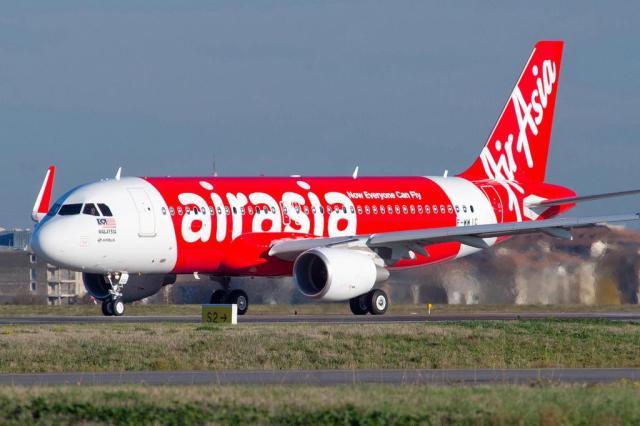 Avião da AirAsia com 162 a bordo some entre Indonésia e Cingapura Divulgação/Airbus
