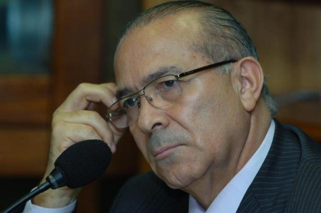 Carolina Bahia: Eliseu Padilha prefere permanecer à frente da Aviação Civil Fernando Gomes/Agencia RBS