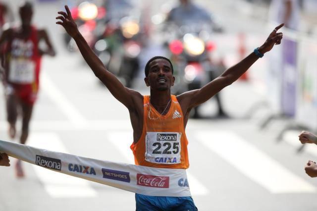 Etíopes vencem no masculino e no feminino a São Silvestre  JOSÉ PATRÍCIO/ESTADÃO CONTEÚDO