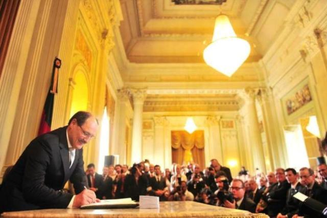 Piratini publica decreto que congela concursos e nomeações por 6 meses Andréa Graiz/Agencia RBS