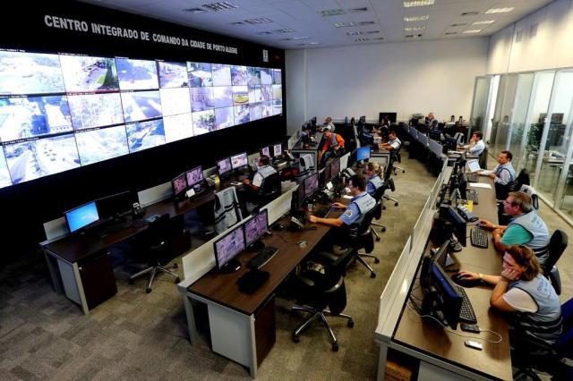 Como funciona o Centro Integrado de Comando de Porto Alegre Júlio Cordeiro/Agencia RBS