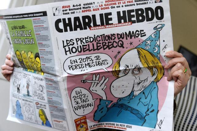 Romance de Michel Houellebecq imagina a França governada por líderes muçulmanos BERTRAND GUAY/AFP