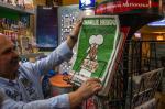 Lançamento de edição histórica de Charlie Hebdo tem filas e tiragem de 5 milhões de exemplares