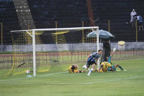 Em último teste antes da estreia no Gauchão, Grêmio empata com o Cascavel (Aílton Santos/Jornal Hoje)