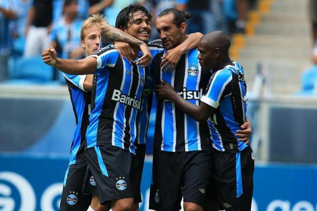 Com dois de Barcos, Grêmio vence União Frederiquense por 3 a 0 Jefferson Botega/Agência RBS