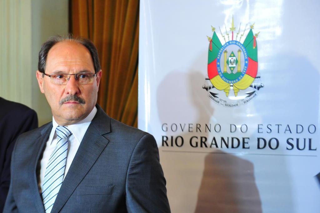 Sartori não garante pagamento integral dos salários em março www.cantinhojutavares.com