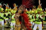 As fotos do primeiro dia de Carnaval de Porto Alegre