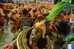Confira imagens do desfile da Beija-Flor