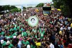 Blocos de carnaval agitam as ruas em Porto Alegre