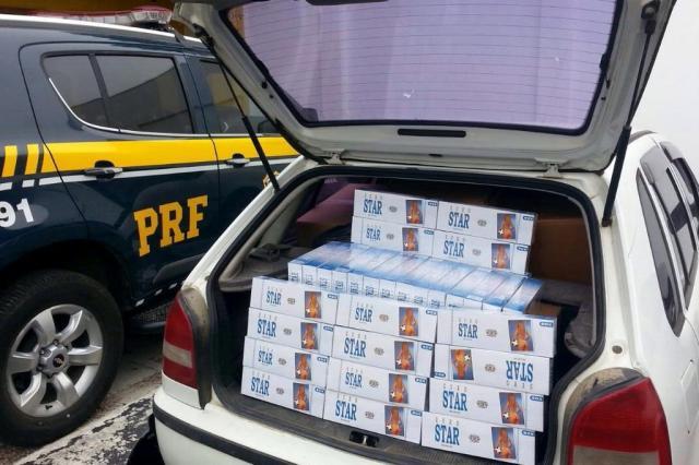 Cigarro é o produto mais contrabandeado no país Polícia Rodoviária Federal/Divulgação
