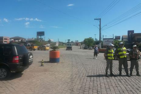 Após apresentação de liminar, caminhoneiros encerram paralisação na RSC-470, em Garibaldi (Raquel Fronza/ Agência RBS/)