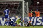 Universidad de Chile vence o The Strongest e embola grupo do Inter Claudio Reyes/AFP