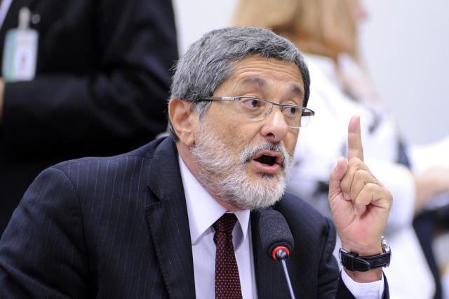 """""""Não sei do que estão me acusando"""", diz Sérgio Gabrielli sobre decisão do TCU Laycer Tomaz/Câmara dos Deputados/Divulgação"""