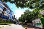 Vizinhas de rua em Porto Alegre, escolas particular e estadual têm realidades distantes Fernando Gomes/Agencia RBS