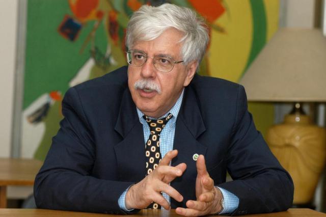 """""""É um erro dizer que a classe média é de direita"""", diz o filósofo Roberto Romano Cláudio Silva/Agência RBS"""