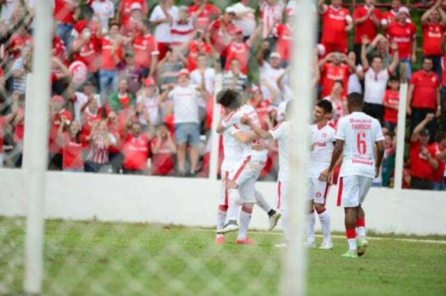 Inter oscila, vence o União-FW por 1 a 0 e pressão sobre Aguirre segue Diogo Zanatta/Agência RBS