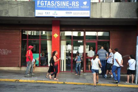 Sine de Santa Maria tem vagas para 14 cargos nesta quinta-feira (Ronald Mendes/Agencia RBS)