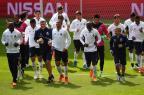 Comprado pelo Real, Danilo ainda é a esperança do Porto contra o Bayern FRANCISCO LEONG/AFP