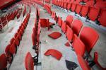 Torcida do Grêmio quebra 215 cadeiras do Beira-Rio