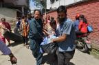 Entenda por que ocorrem dois terremotos em tão pouco tempo no Nepal Prakash Mathema/AFP