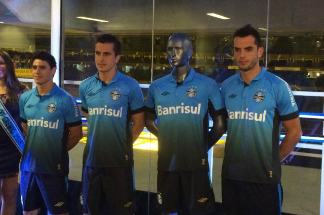 Luiz Zini Pires: quando o Grêmio lançará a camisa nº 4 Marco Souza/Agência RBS
