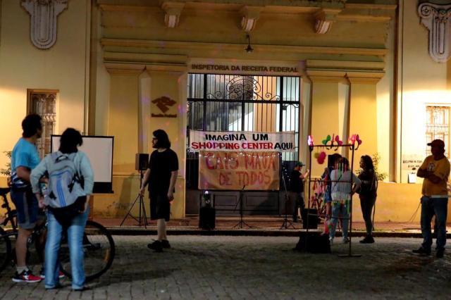 Em novo protesto, grupo projeta fundação em defesa do Cais Mauá Ricardo Duarte/Agencia RBS