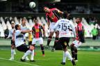 Em tarde inspirada do goleiro Agenor, Joinville fica no 0 a 0 com o Coritiba (Rodrigo Philipps/Agência RBS)