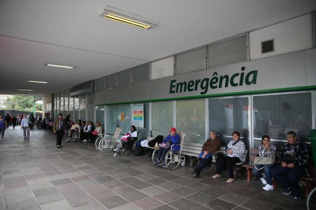 Emergência do Hospital de Clínicas muda regras e fechará sempre que atingir 80 pessoas internadas Diego Vara/Agencia RBS