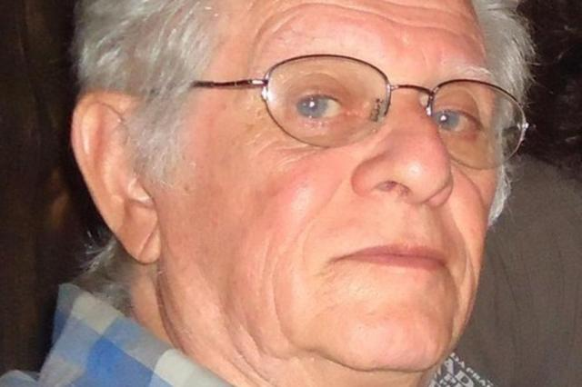 Crítico de arte gaúcho Carlos Scarinci morre aos 83 anos Arquivo pessoal/Divulgação
