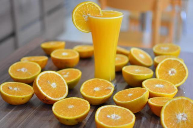 Consumo mundial de suco de laranja cai 15,2% em 10 anos Gabriel Haesbaert/Especial