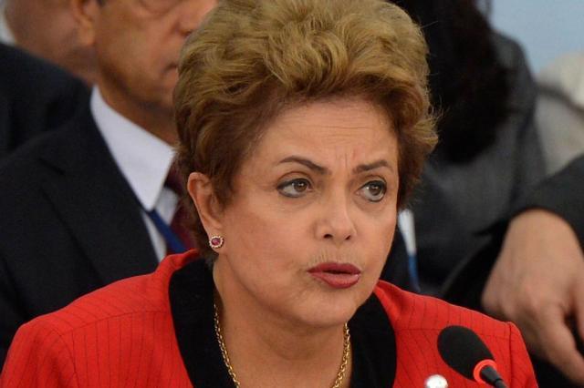 Dilma exige que ministros mobilizem bancadas para barrar impeachment Wilson Dias/Agência Brasil